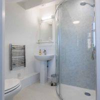 Room eight bathroom